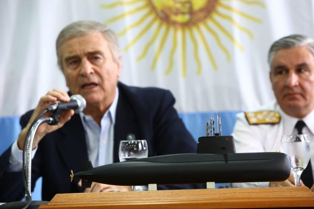 """El ministro Aguad confirmó que Argentina no tiene """"los medios para rescatar el submarino"""""""