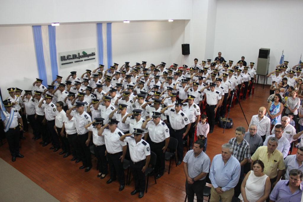 Oficiales de Policía de Adolfo Alsina fueron reconocidos con el premio al mérito en acto realizado en Salliqueló
