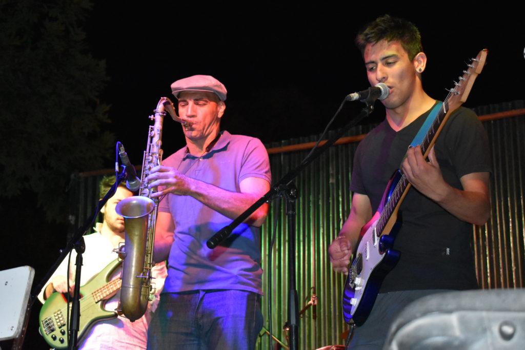 """Gran show de los """"Ensambles Musicales"""" en Carhué"""